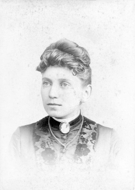 Viola D. Romans